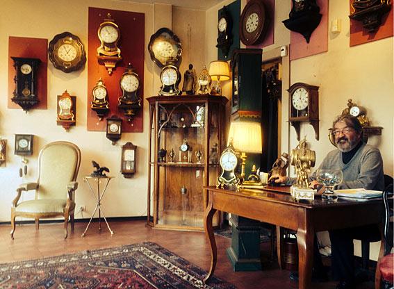 vente horloges anciennes. Black Bedroom Furniture Sets. Home Design Ideas
